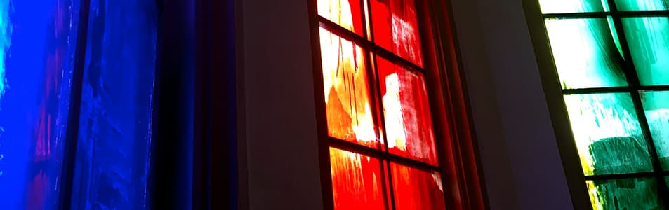 Glaube, Liebe, Hoffnung in Glas